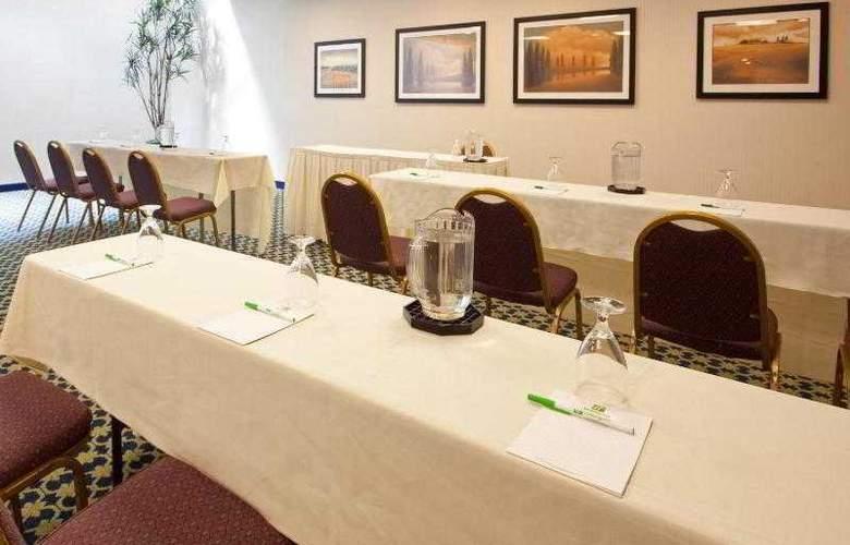 Holiday Inn Cape Cod-Hyannis - Sport - 22