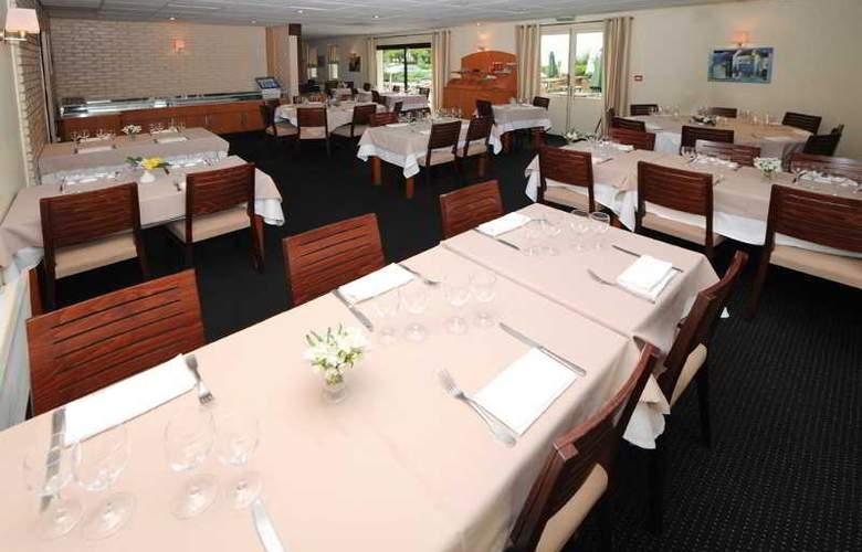 Inter-Hotel Ambacia - Restaurant - 10