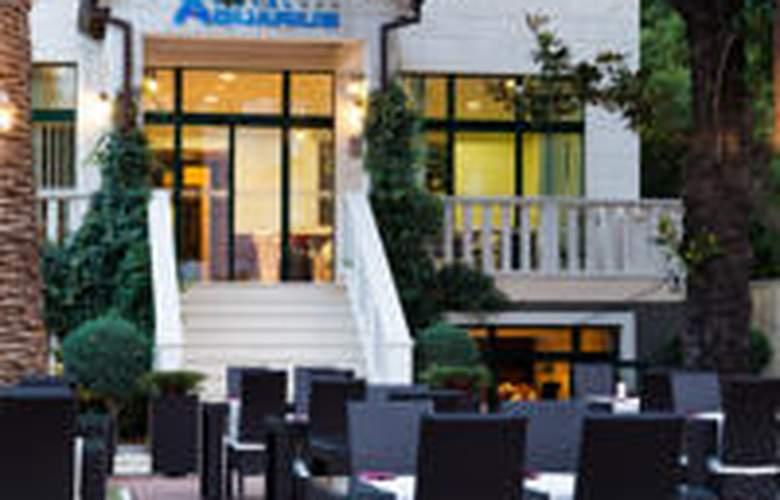 Aquarius - Hotel - 1