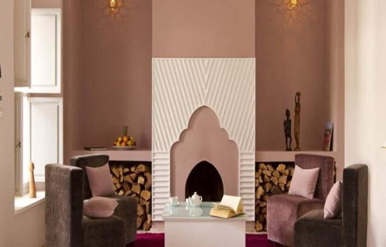Riad Nashira & Spa - Hotel - 3