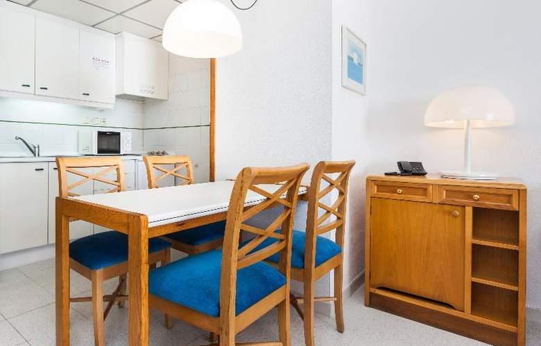 Apartamentos Globales Nova - Room - 20