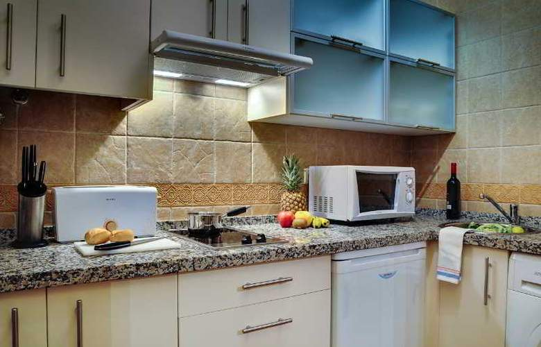 Apartamentos Las Cruces - Room - 13