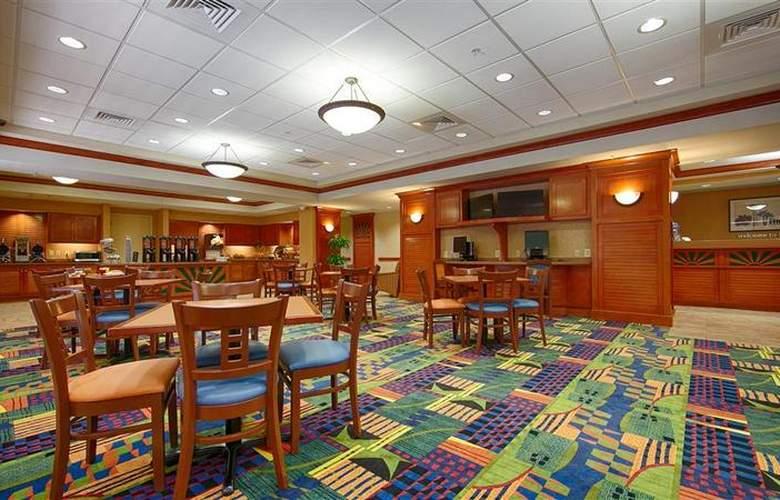 Best Western Plus Kendall Hotel & Suites - Restaurant - 134