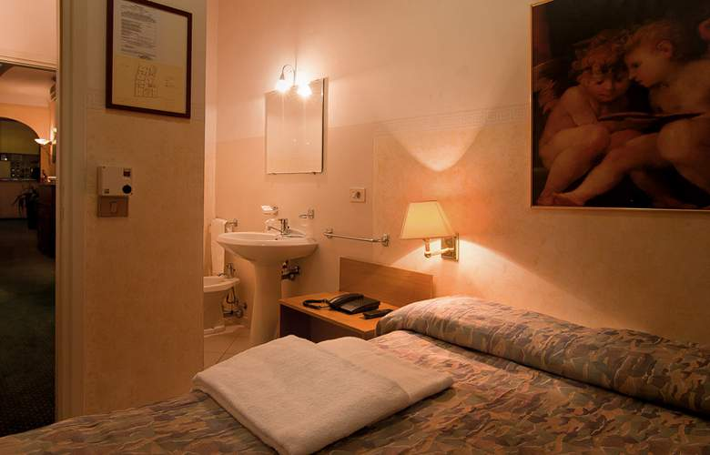 Centro Florence - Room - 12