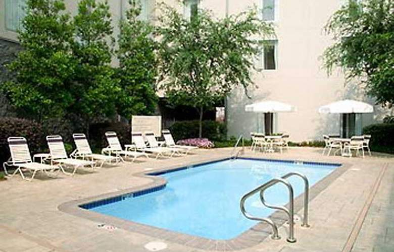 Springhill Suites Convention Center - Pool - 4