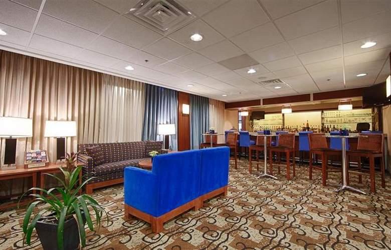 Best Western Plus Hotel Tria - Bar - 121