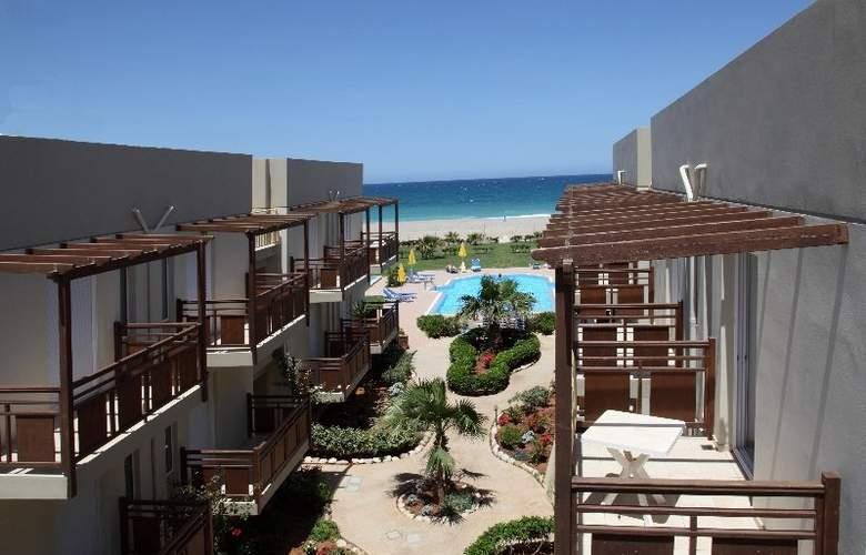 Ilian Beach - Hotel - 0