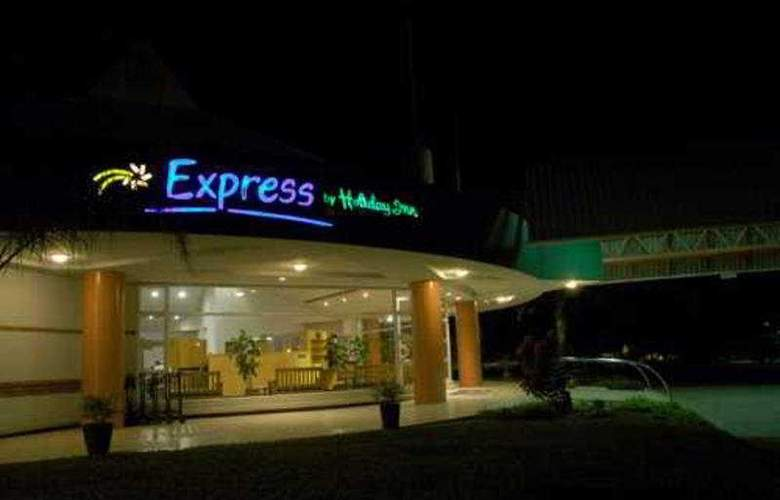 Express by Holiday Inn Beitbridge - General - 1