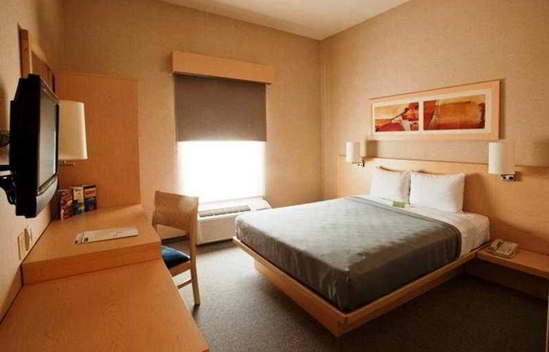 City Express Saltillo Sur - Room - 3