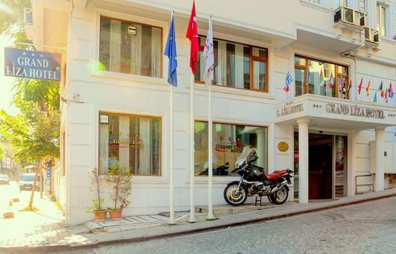 Grand Liza - Hotel - 0