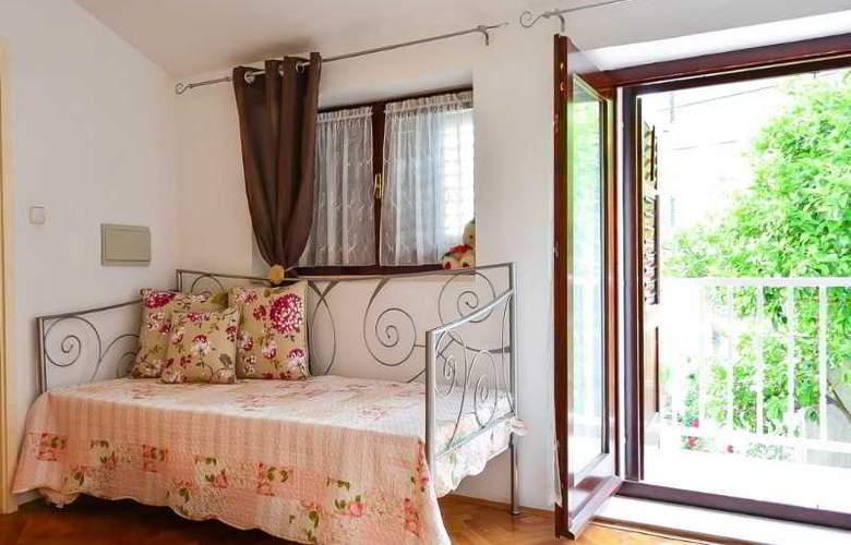Apartmani Slavica - Room - 9