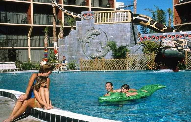 Sheraton Lake Buena Vista Resort - Pool - 3