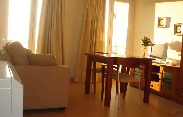 Nievemar Zona Media Alta - Room - 12