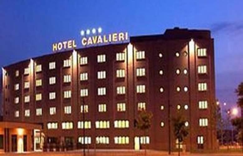 Hotel Cavalieri - Hotel - 0