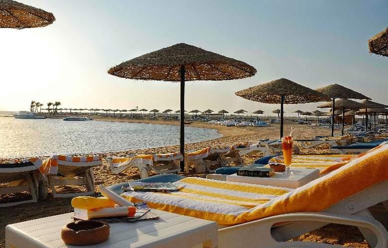 Grand Plaza Resort - Beach - 15