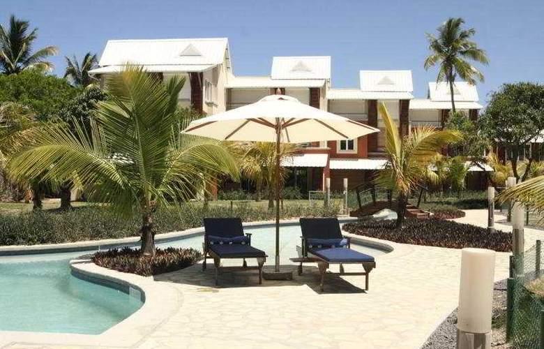 Cape Garden Mauritius - Pool - 9