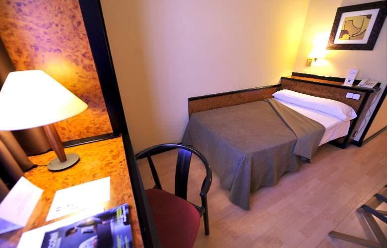 Hotel Glories Sercotel - Room - 10