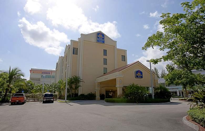 Best Western Plus Kendall Hotel & Suites - Hotel - 0