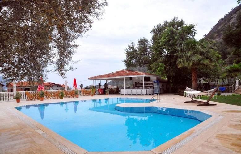 Morina Hotel - Pool - 2