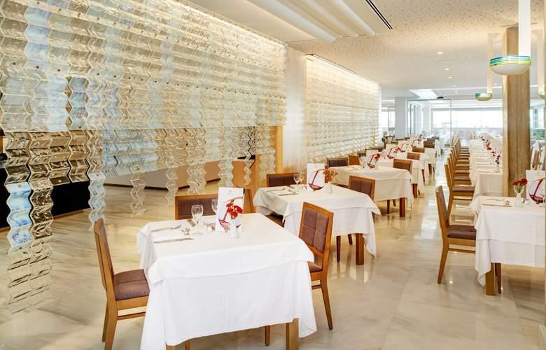 Hipotels Mediterraneo - Restaurant - 35