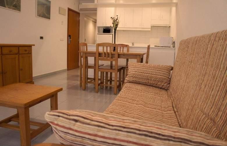 Lodomar SPA Apartamentos - Room - 6