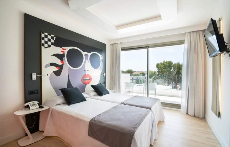 THB Naeco Ibiza - Room - 2