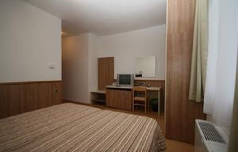 Porto - Room - 7