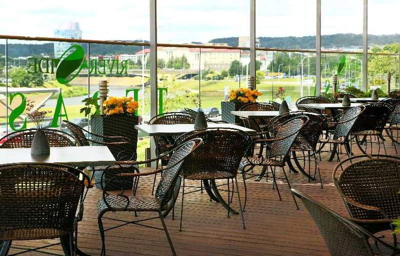 Radisson Blu Hotel Lietuva - Terrace - 14