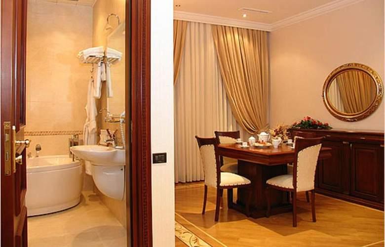 Ayf Palace - Room - 10