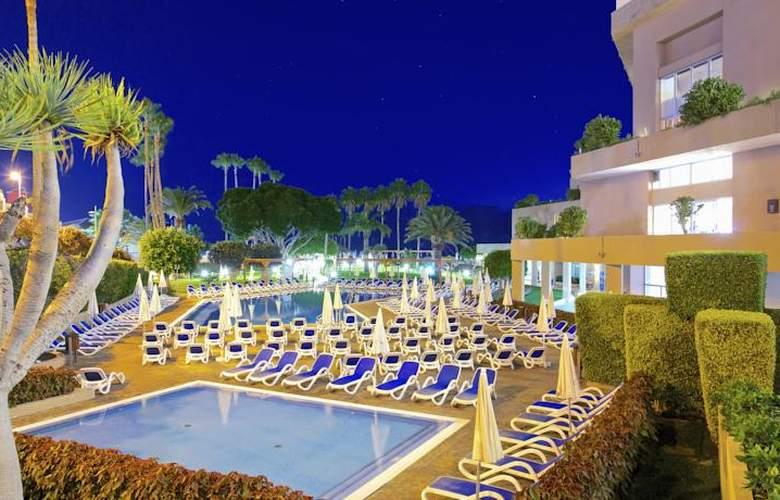 Iberostar Bouganville Playa - Pool - 23