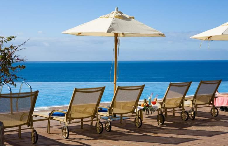 Gloria Palace Royal Hotel & Spa - Terrace - 7