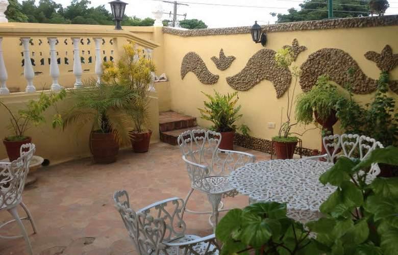 Hostal Eloida - Terrace - 2