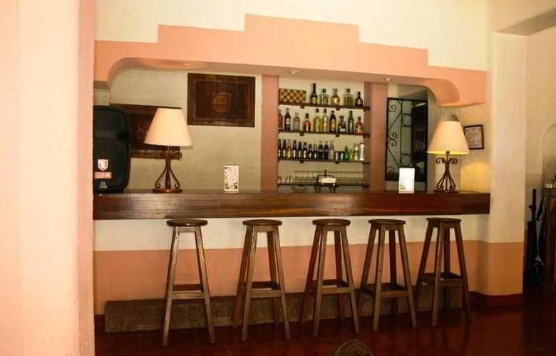 Villas Arqueológicas Chichén Itzá - Bar - 27