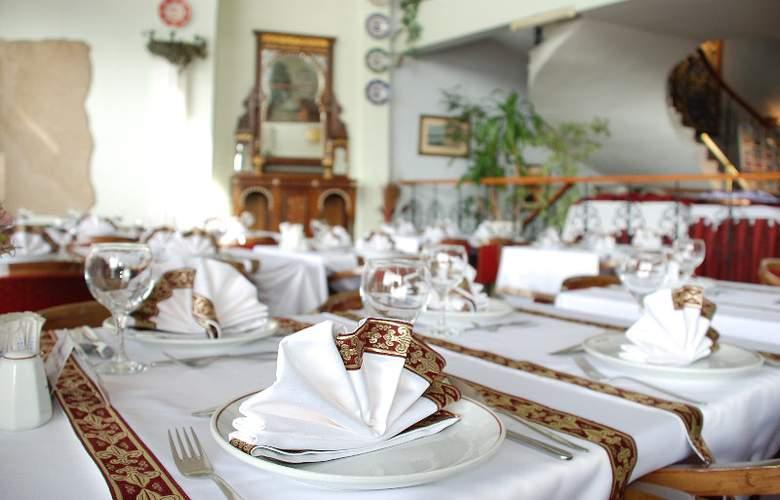 Orient Mintur - Restaurant - 9