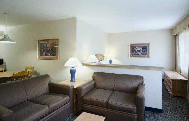 Best Western Plus Grant Creek Inn - Hotel - 4