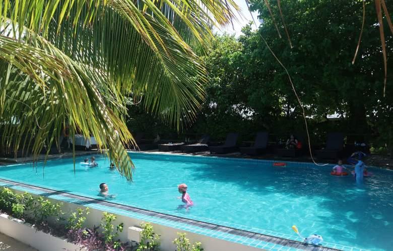 Eriyadu Island Resort - Pool - 3