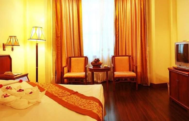 Phnom Penh - Room - 6