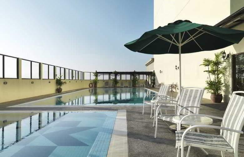 Holiday Villa City Centre Alor Setar - Pool - 2