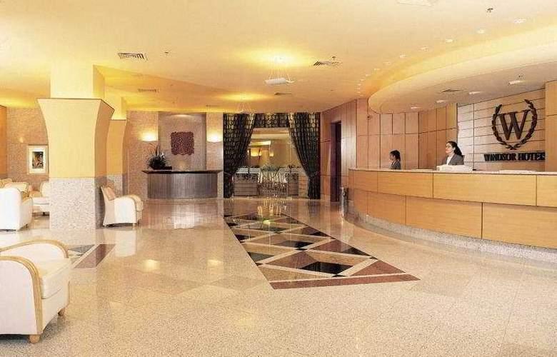 Windsor Plaza - Hotel - 0