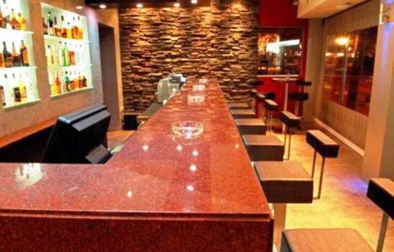 Pyramos Hotel - Bar - 4