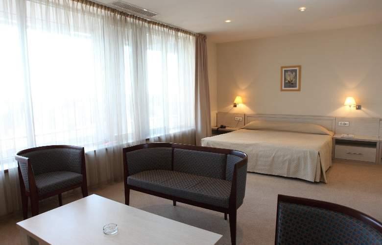 Savoy - Room - 12