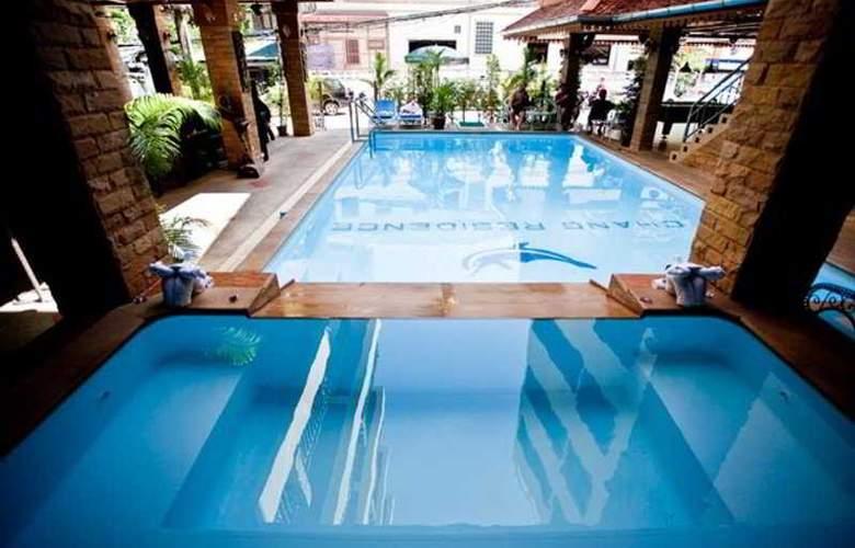Chang Residence - Pool - 10