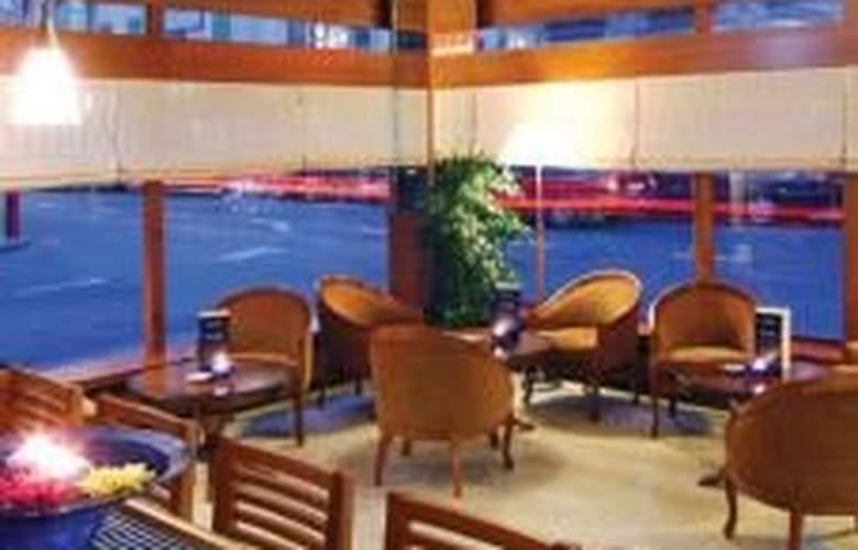 Nash Ville Hotel - Restaurant - 6