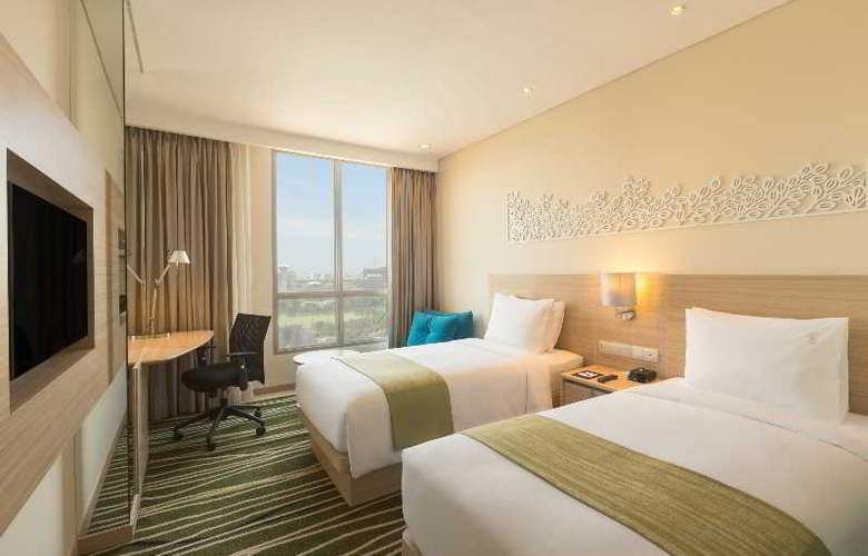 Holiday Inn Express Semarang Simpang Lima - Room - 12