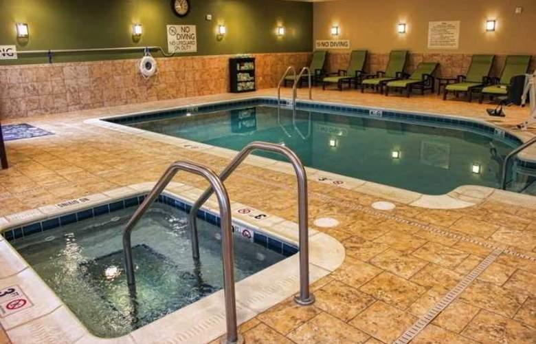 Hilton Garden Inn Pittsburgh/Cranberry - Pool - 1