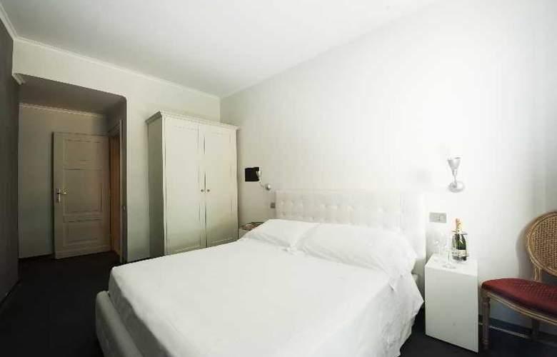 The Richmond - Room - 8