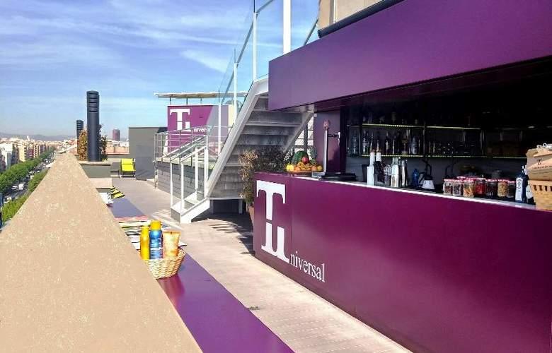 Barcelona Universal - Bar - 77