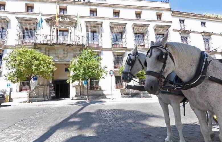 Tryp Jerez - Hotel - 6