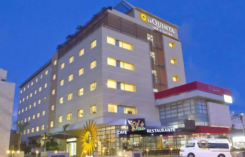La Quinta Inn & Suites Cancun - Hotel - 5