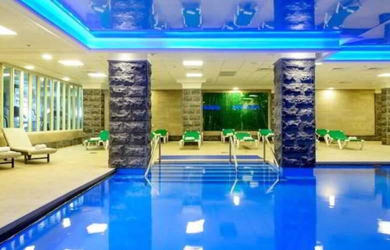 Caesar Hotel Tiberias - Pool - 10